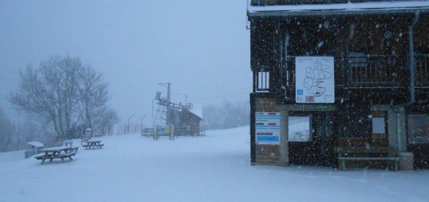 Station la Jarjatte: Il neige!
