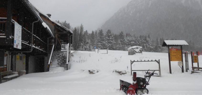 Station de la Jarjatte: A vos Ski !!!